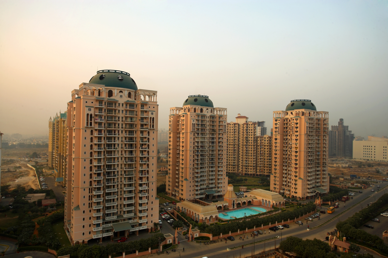 Dlf Regal Towers Gurgaon